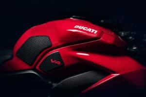 Nikon 50mm F1.2 S Ducati streetfighter